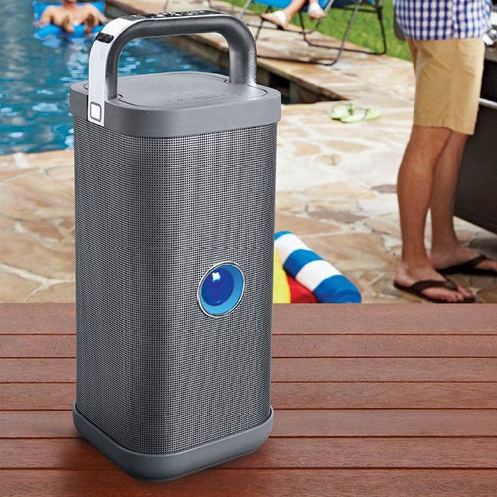 Big Blue Party Speaker Review (1)