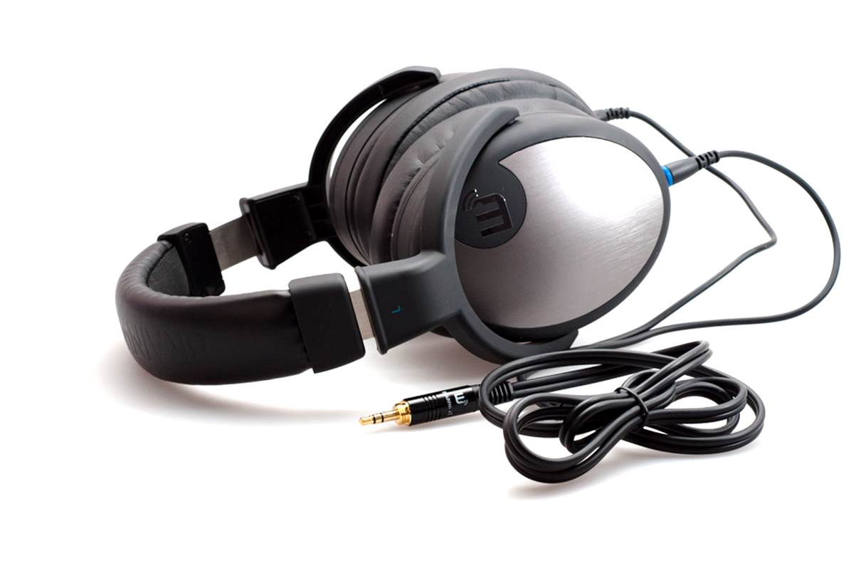 Brainwavz HM5 Studio Headphones