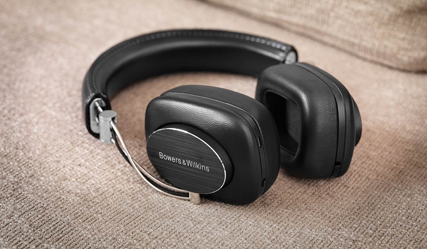 Bowers & Wilkins P7 Audiophile Headphones