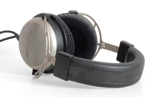 Beyerdynamic T1 Headphone Review
