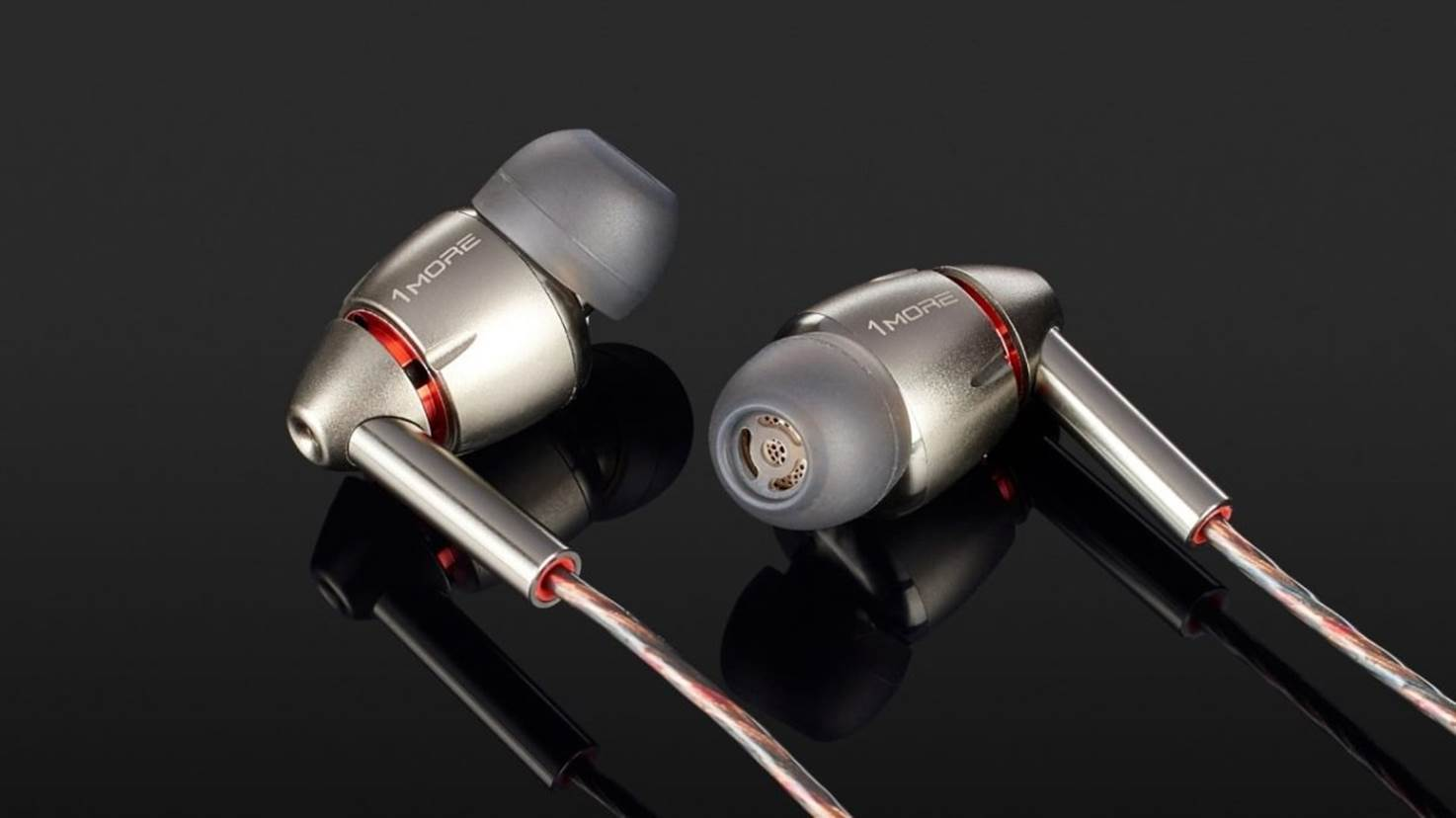1More Quad Driver Best In-ear Monitors