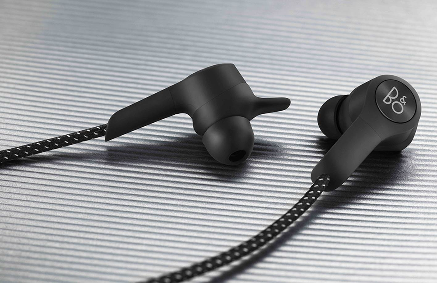 B&O BeoPlay E6 High-End Earbuds