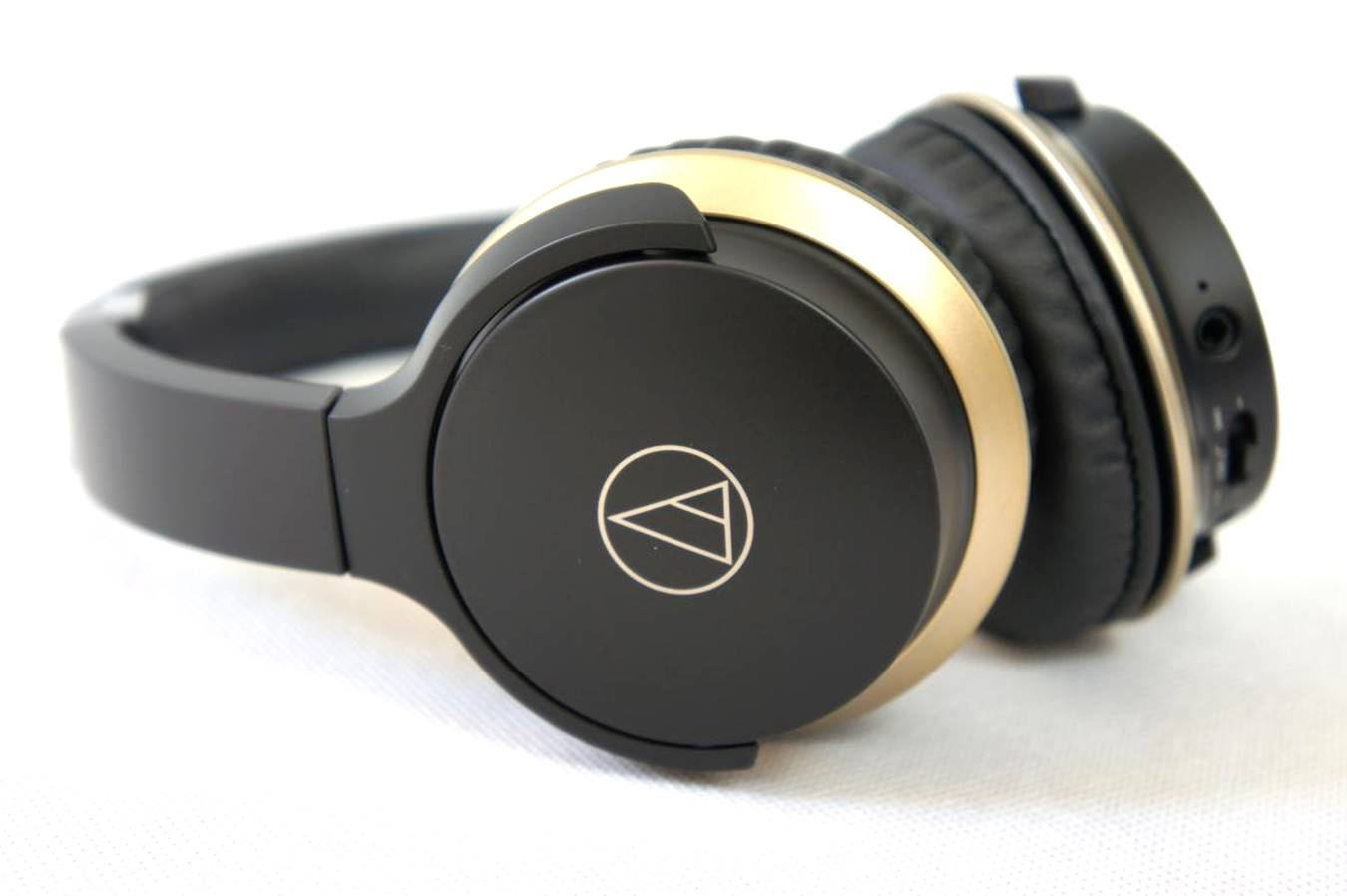 Audio-Technica ATH-AR3BTBK Wireless On-Ear Headphones