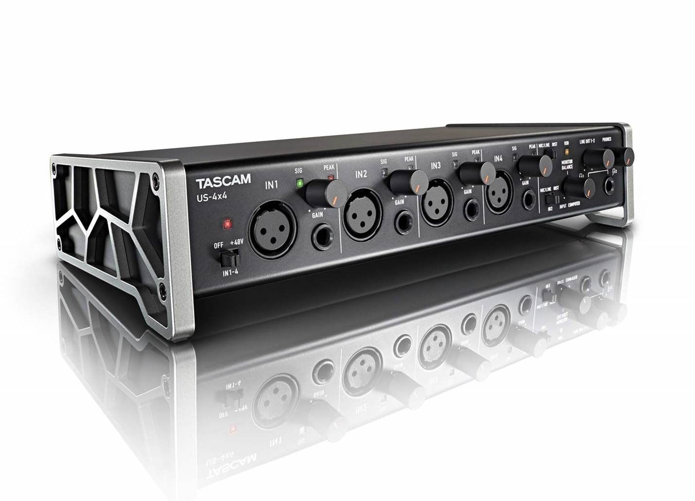 Tascam US-4X4 Microphone Preamp