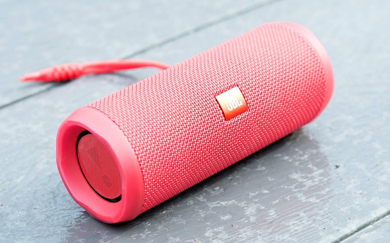 Flip 4 Bluetooth Speaker by JBL