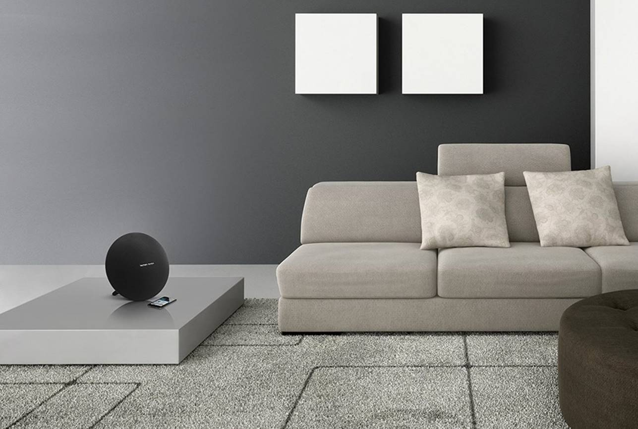Onyx Studio 4 Speaker by Harman Kardon