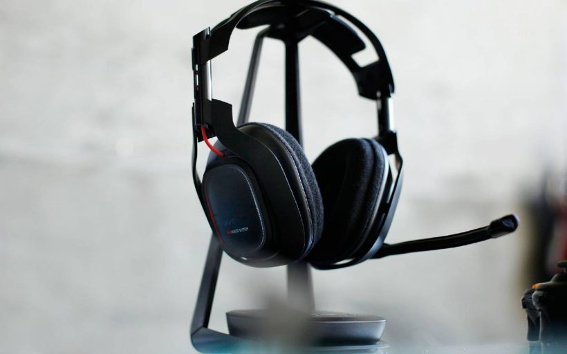Headphones with the best microphone