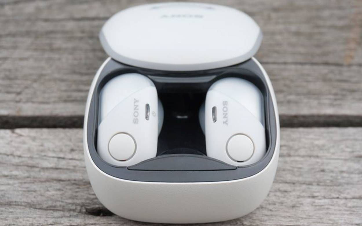 Top 10 Wireless Noise Cancelling Earbuds 2020 - Bass Head ...