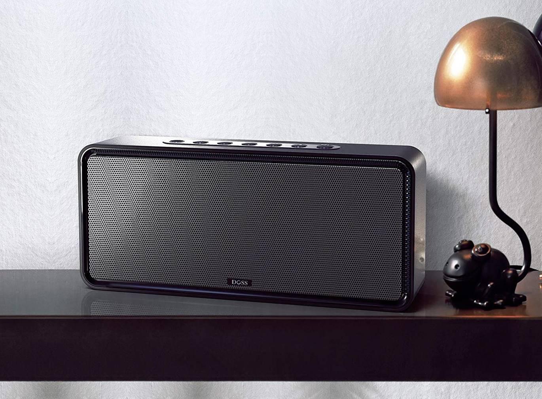 DOSS SoundBox XL 32W Bluetooth Party Speaker (1)